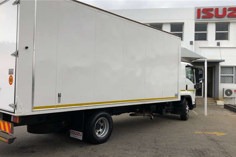 Isuzu Van body FSR 800 Manual Truck