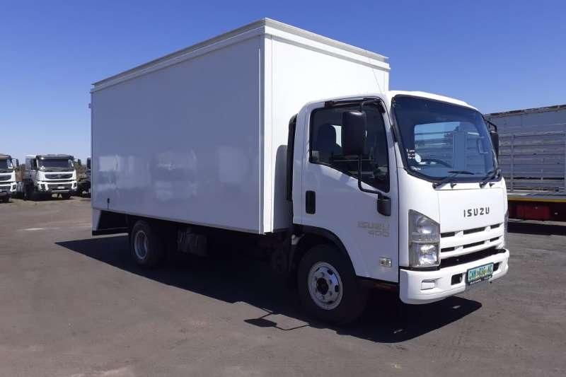 Isuzu Truck Van body ISUZU NPR 400 AMT 5m VAN BODY 2016