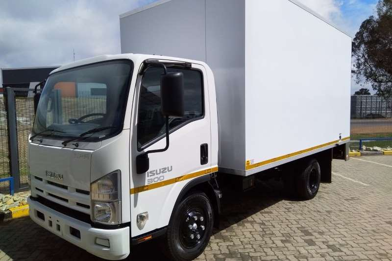 Isuzu Truck Van body NPR 300 Manual 2020