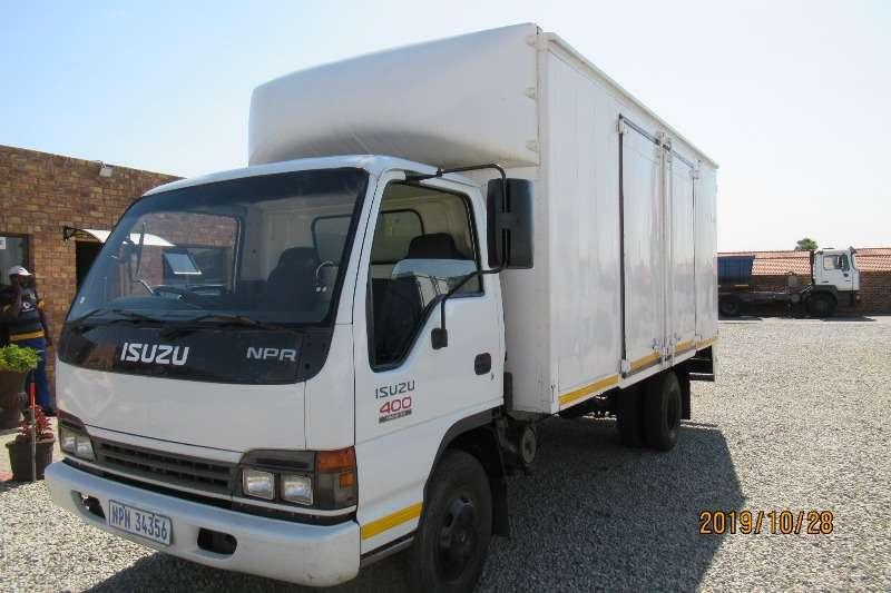 Isuzu Truck Van body NPR400 van body 2005