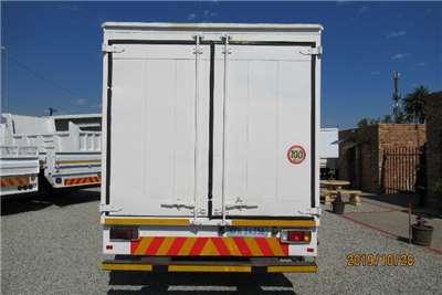 Isuzu Van body NPR400 van body Truck