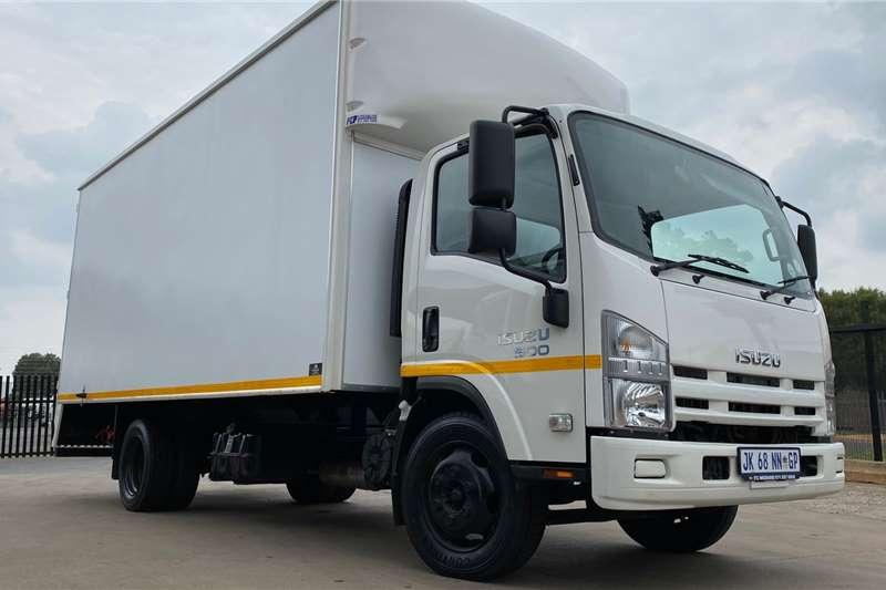 Isuzu Truck Van body NQR 500 AMT 2020