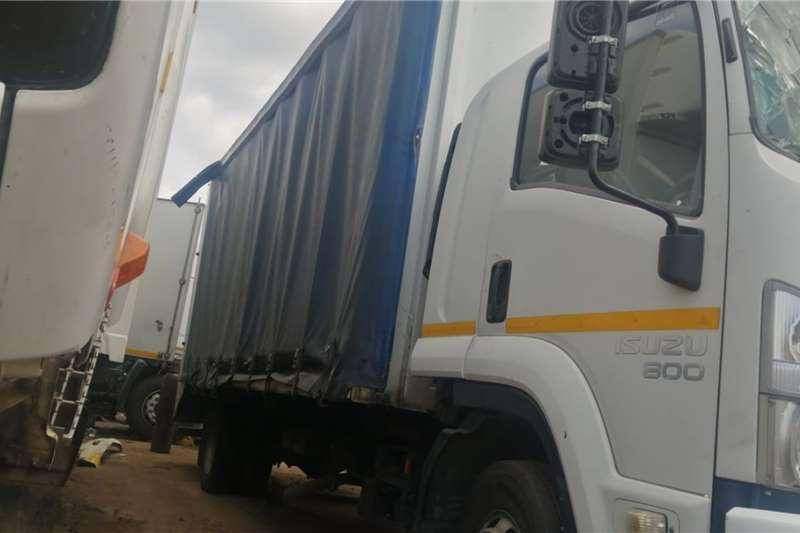 Isuzu Truck Volume Body 800 2013