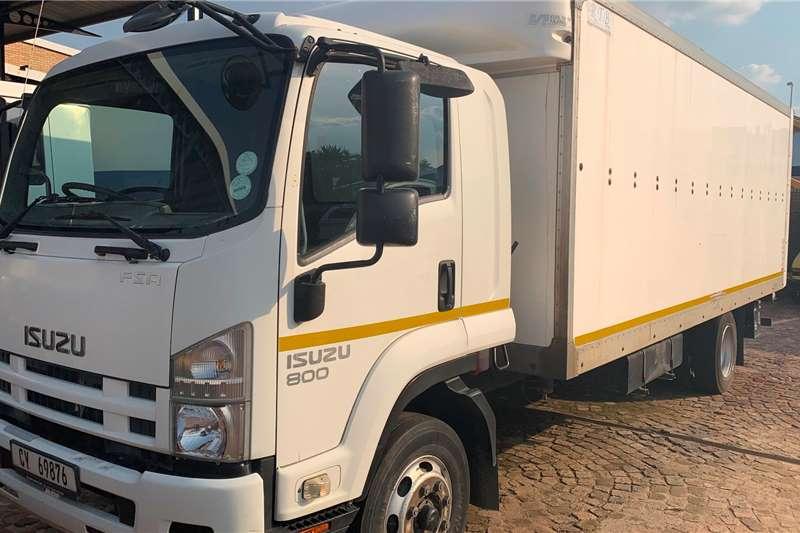Isuzu Truck Volume Body FSR 800 F/C Volume Van 2014