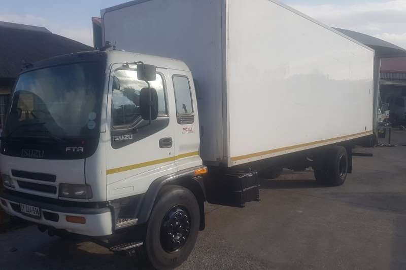 Isuzu Volume body FTR800 Truck