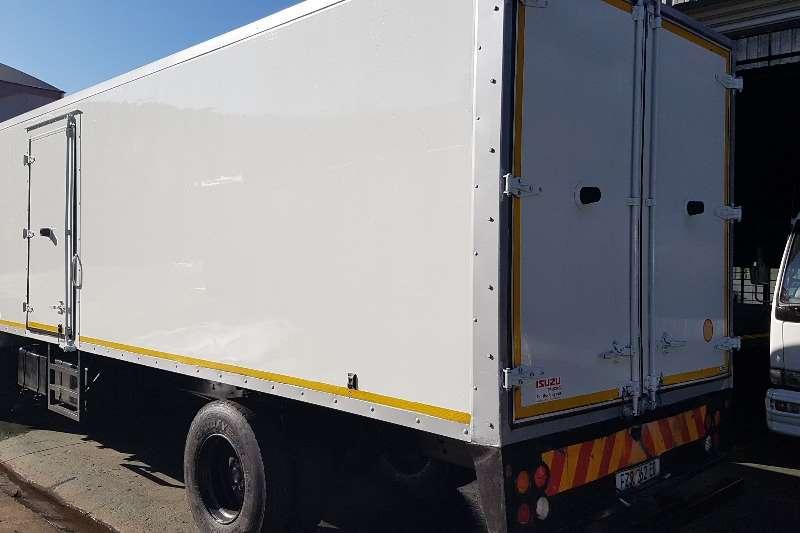 Isuzu Volume body FTR850 Truck