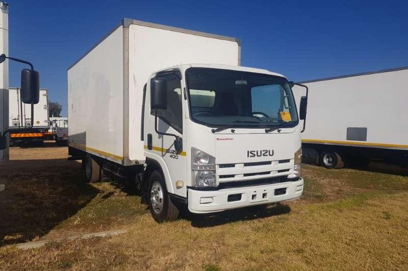 Isuzu Volume body NPR400 Truck