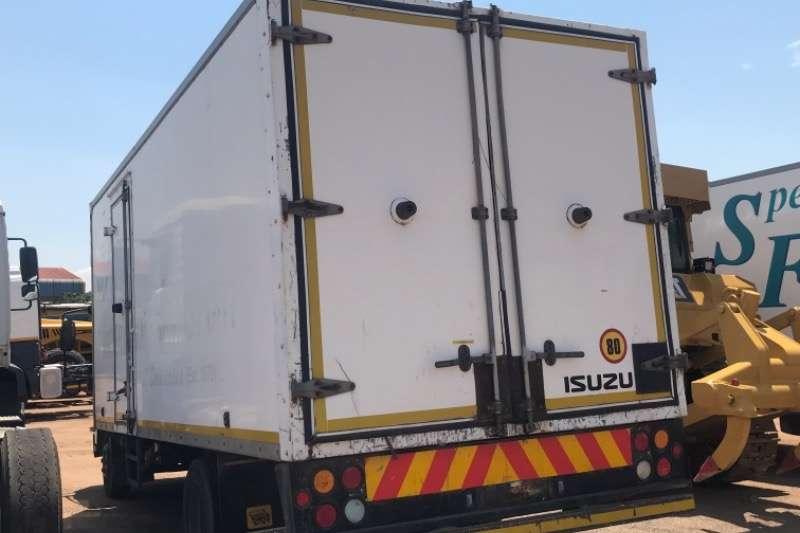 Isuzu Volume body NQR500 Truck