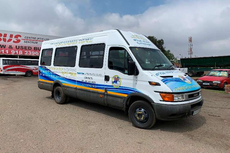 Iveco Buses 22 Seater IVECO DAILY 50C15 (22 SEATER) 2003