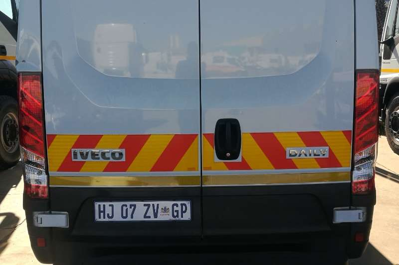 Iveco Buses 9 CUBE PANELVAN DEMO 2019