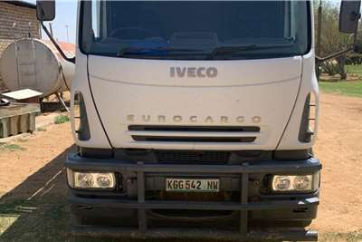 Iveco New Eurocargo 180E28 Bees Trok Cattle body trucks