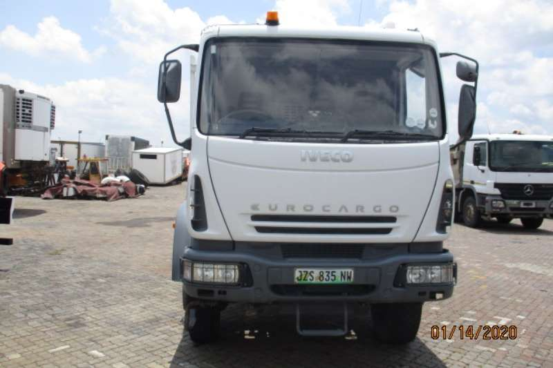 Iveco Flatbed trucks IVECO EUROCARGO 4 X4 FLATDECK 2018