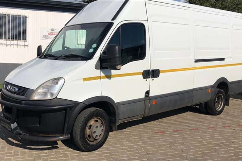 Iveco LDVs & panel vans Daily 50c15v15 High Roof Panel Van FSH 2010