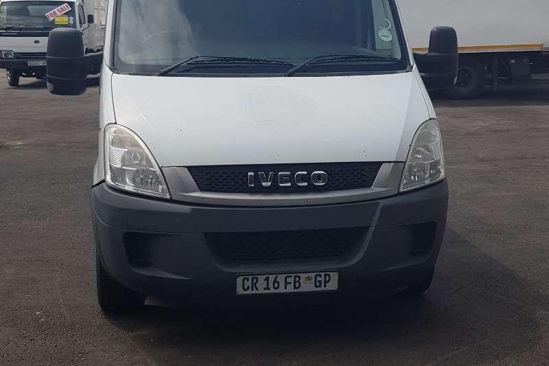Iveco LDVs & panel vans Iveco Panelvan 35S12V8 2013