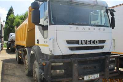 Iveco IVECO EUROYTACKER 8 X 4 TIPPER Tipper trucks