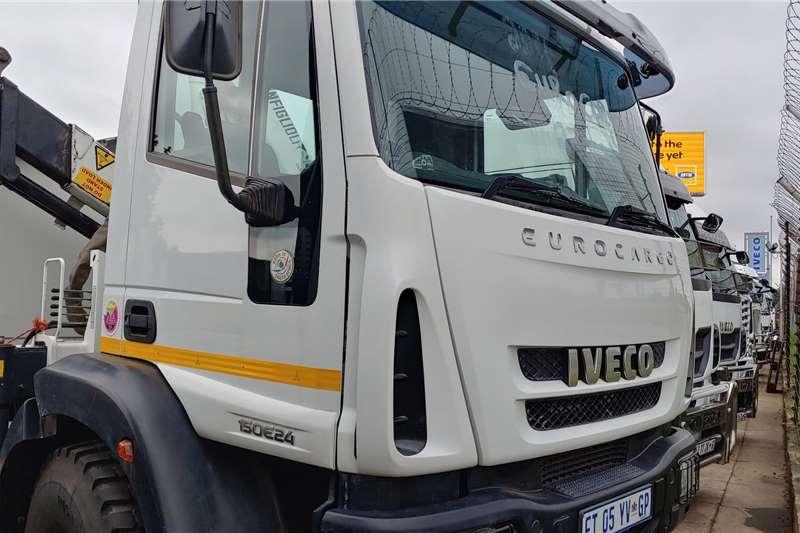 Iveco Truck Crane Truck Eurocargo 150E24 4x4 12T Crane 2017