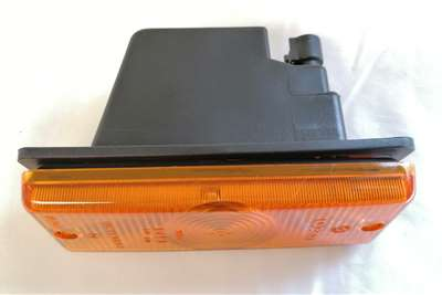 Iveco Direction Lamp RH (98475086) Truck spares and parts