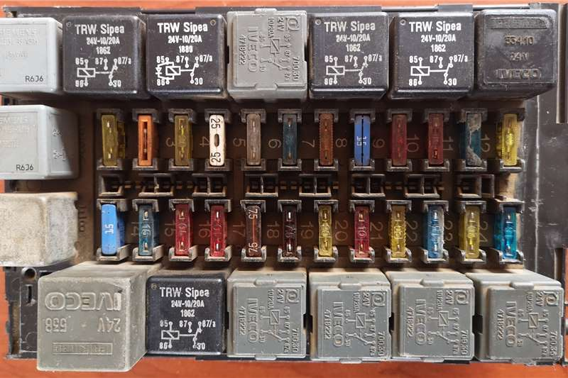Iveco Electrical systems Used Fuse Box Truck spares and parts