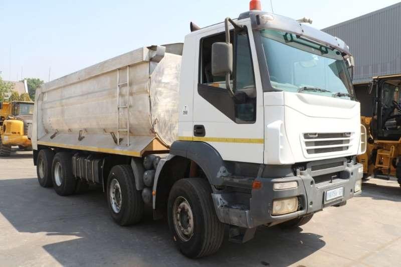 Iveco Truck Tipper Trakker 440 8x4 Tipper 2009