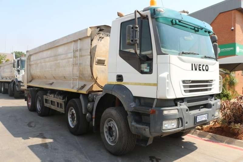 Iveco Truck Tipper Trakker 440 8x4 Tipper 2010
