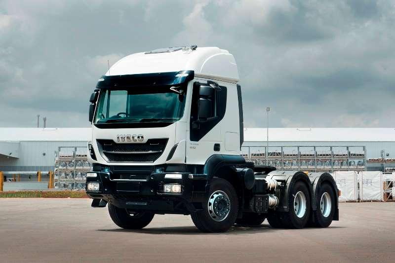 Iveco Truck-Tractor Double axle New Iveco Trakker 440 SR 2019