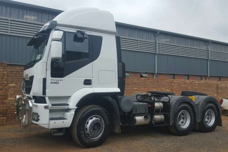 Iveco Double axle New Iveco Trakker 440 SR Truck-Tractor