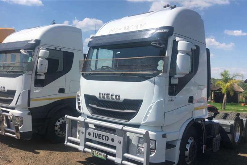 Iveco Truck-Tractor Double axle Stralis 480 HI WAY 2015