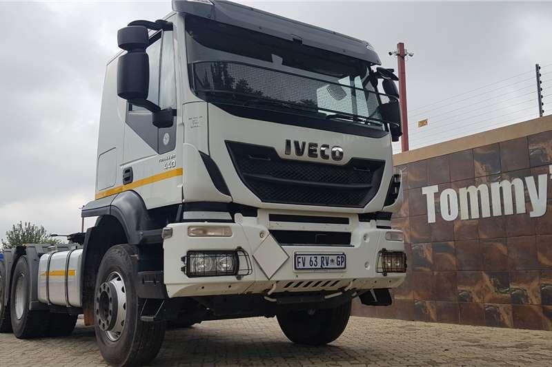 Iveco Truck tractors Double axle 440 2017