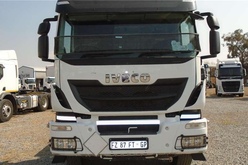 Iveco Double axle Iveco Trekker 440 Truck tractors