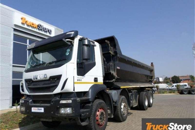 Iveco Truck TRAKKER 8X4 TIPPER 2016