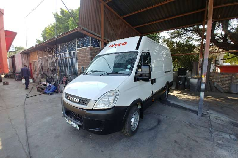 Iveco Truck Van body Daily 35 Panel Van 2014