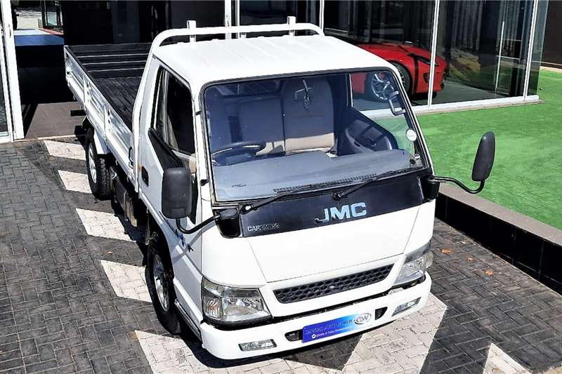 JMC Truck Carrying 1.6 Ton 2014