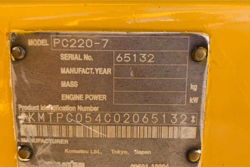Komatsu PC220 7 Excavators