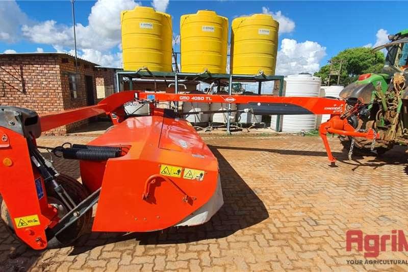 Kuhn GMD 4050 TL Trailed Mower Lawn equipment