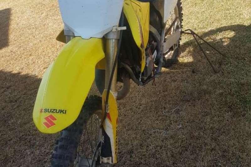 LDVs & panel vans Suzuki 125cc Offroad Bike