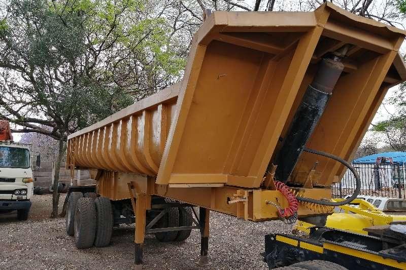 Mack 18m tipper trailer Two axle