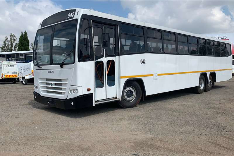 MAN 75 seater MAN 26 310 HB5 DUBIGEON COMMUTER (79 SEATER) Buses