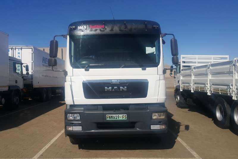 MAN Cattle body trucks TGM25 280 BLL 6x2 With Cattlebody 2014