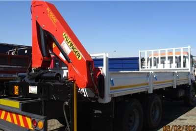 MAN MAN 26 280 DROPSIDE WITH PK15500 REAR CRANE Crane trucks