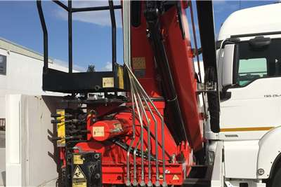 MAN TGS 27 440 BB FC with new crane Crane trucks