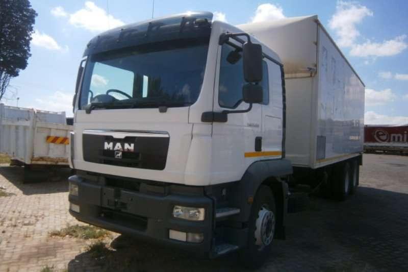 MAN Curtain Side Trucks TGM 25-280 2013