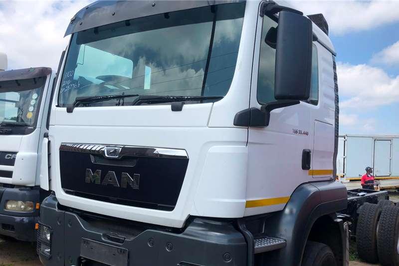 MAN Dropside Trucks TGS 33-440 2016