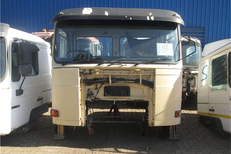 MAN  F80 30-330 Cab