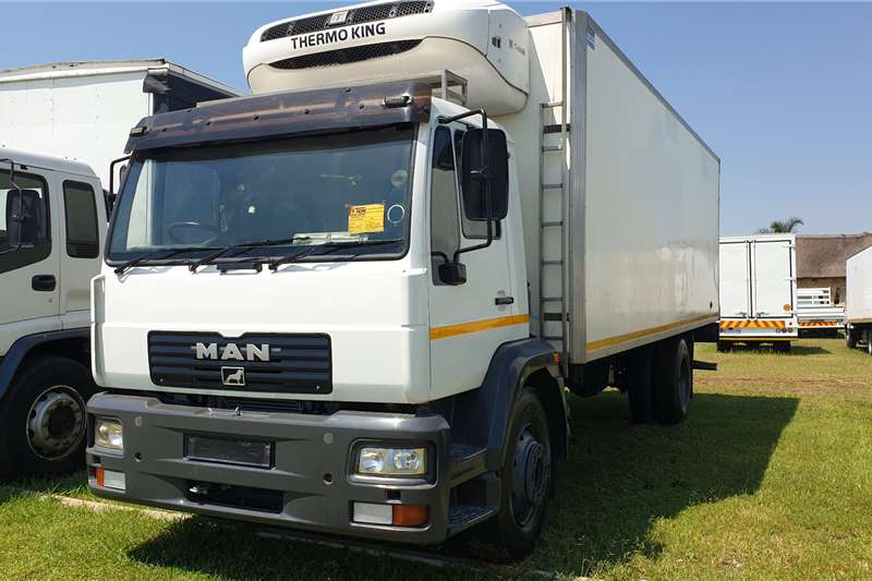 MAN Refrigerated trucks 15 224 Volume Bin with T600 Fridge Unit 2004