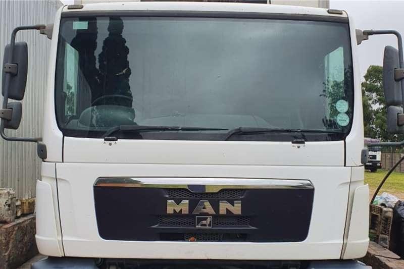 MAN 2010 MAN TGM 15.240 Refrigerated trucks
