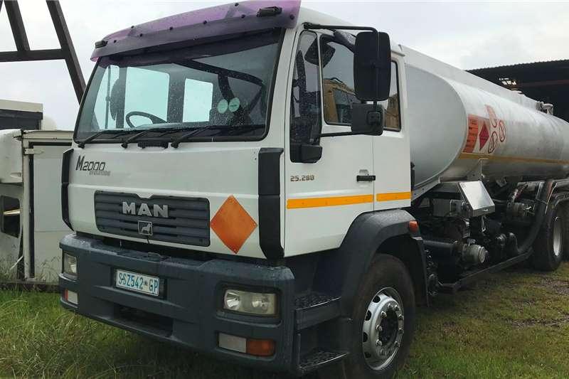 MAN Tanker trucks 2005 MAN TGM25 280 16000L fuel tanker 2005