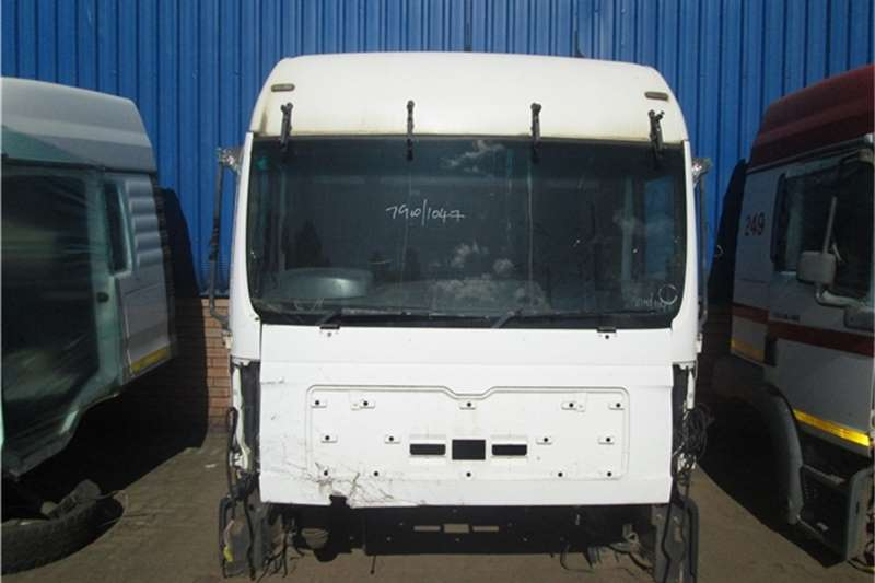 MAN  TGA 26-410 Cab