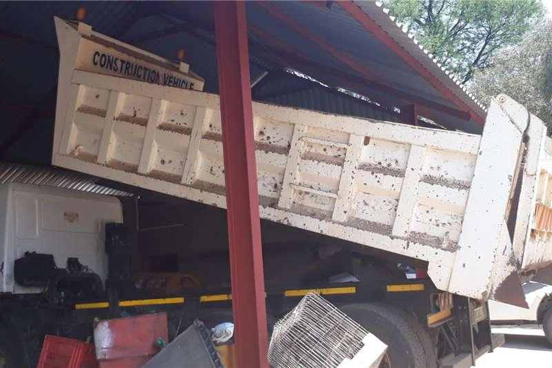 MAN CLA 26.280 10 CUBE Tipper trucks