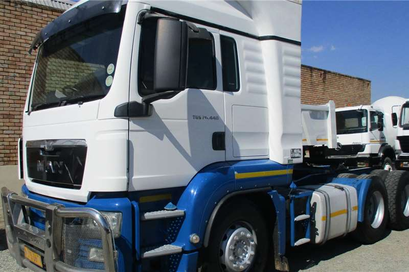MAN 26 440 TGS Truck