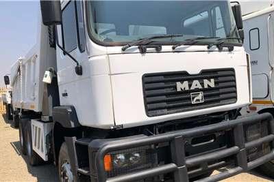 MAN 33 374 Tipper 10 Cube Truck